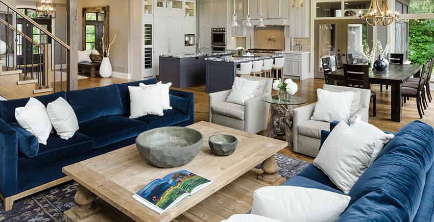 Custom Living Room, Kitchen and Front Entrance Design