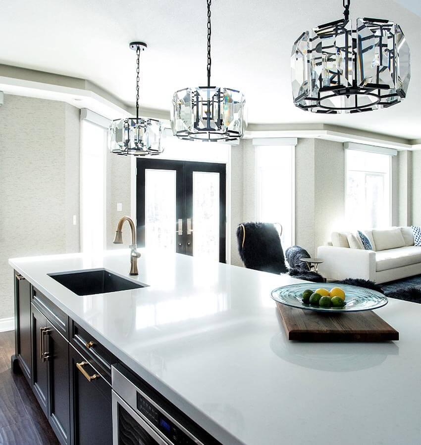 Kitchen Light Fixtures and Breakfast Bar