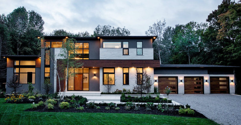 Modern Home Exterior & Landscaping