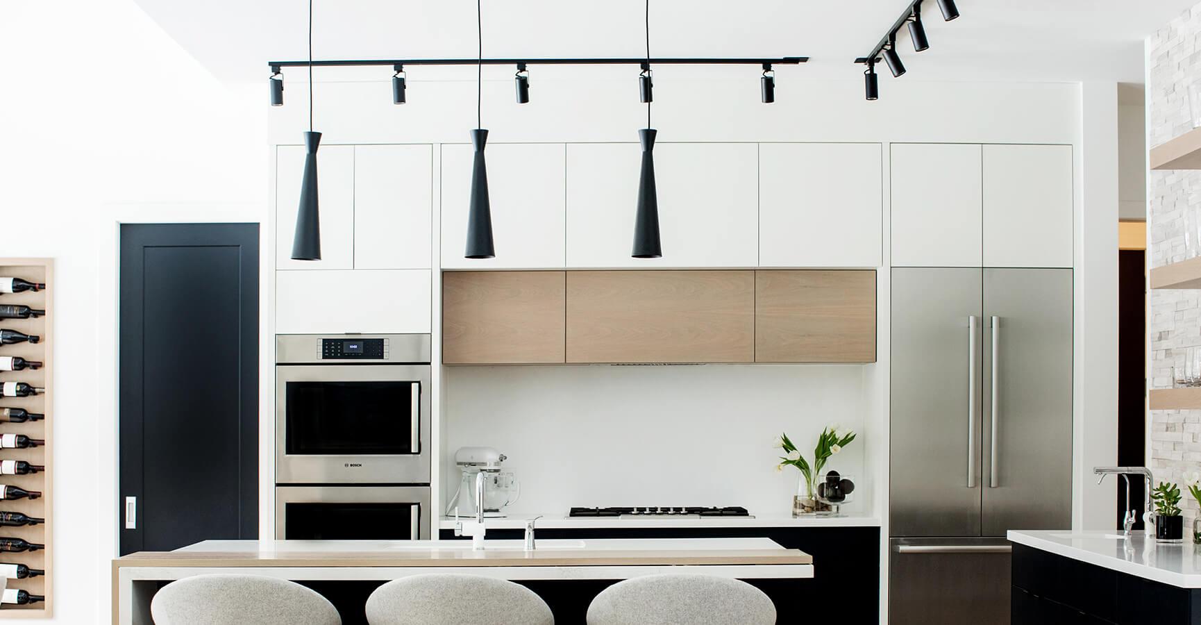 Modern Kitchen Design and Light Fixtures