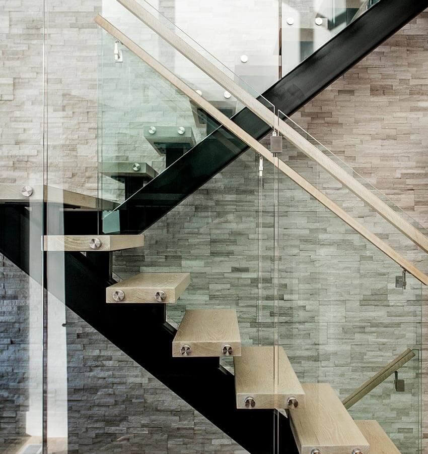 Modern Wooden & Steel Staircase