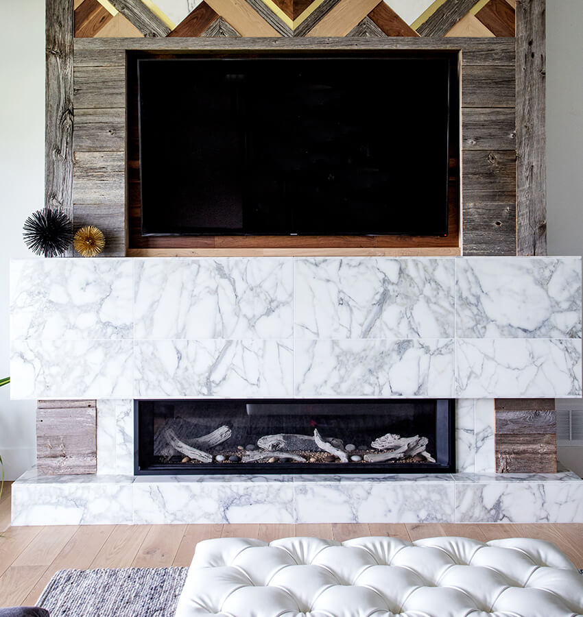 Contemporary Living Room Furniture and Fireplace