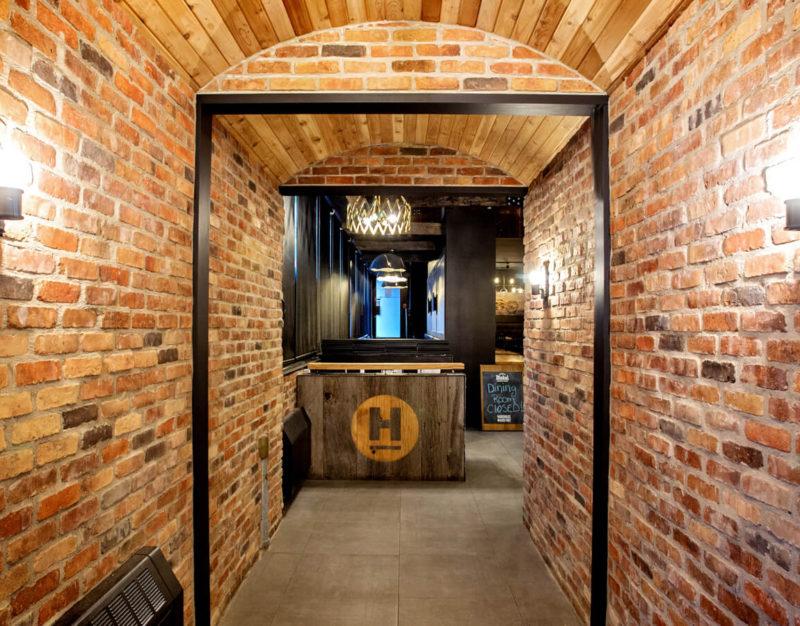 Restaurant Front Entrance and Reception Desk Design